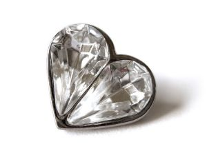 diamond_heart_pin